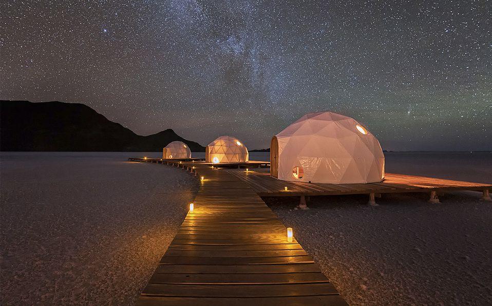 Conoce el único hotel en el desierto de sal más grande del mundo. Fotografía de Jay Chen / Kachi Lodge Bolivia 2019