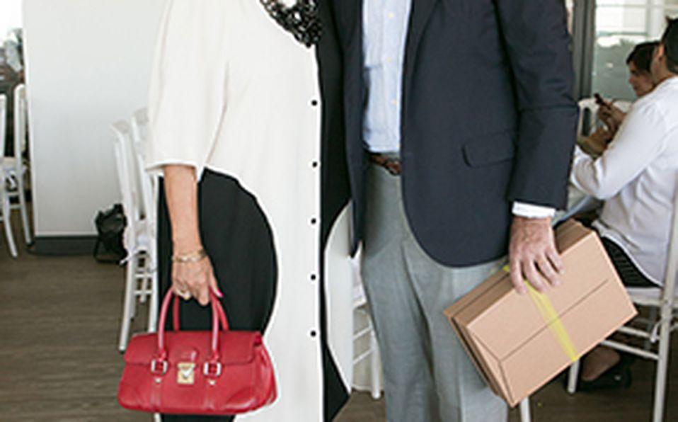 Jesús Franco, Sofía Barragán y Daniela Barragán con Pía, Thiago y Emma Barragán.