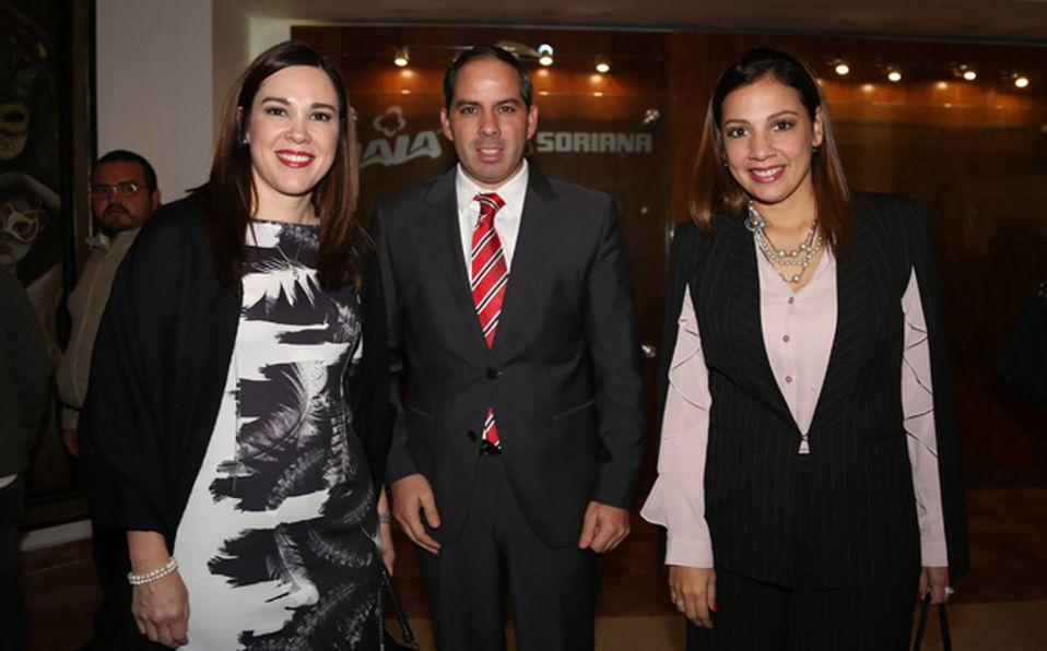 IMG_7573 FERNAND DE LA FUENTE,JEANNE SNYDELAAR,JULIETA LOPEZ
