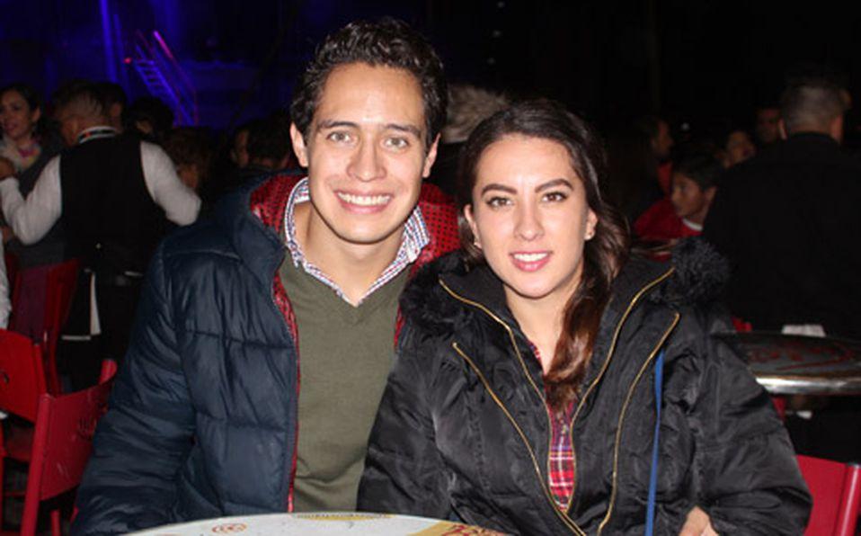 (principal) ALFREDO MENDOZA Y ALINA MENDIETA