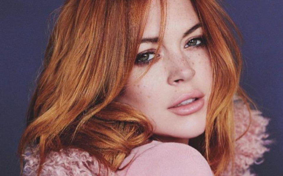 Lindsay Lohan y el icónico traje de baño rojo al estilo