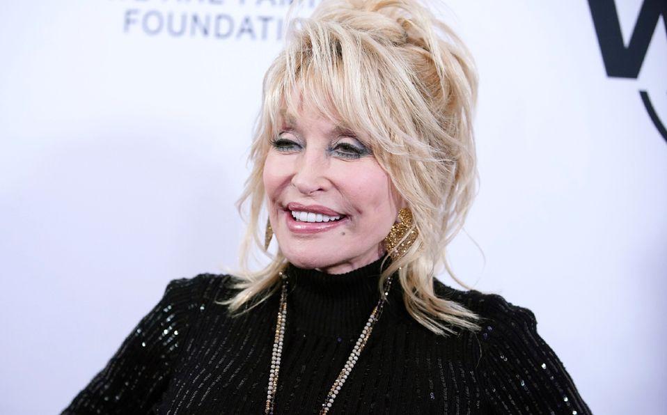 Dolly Parton ya recibió la vacuna anticovid, ¡que ella misma financió! (Foto: Instagram)
