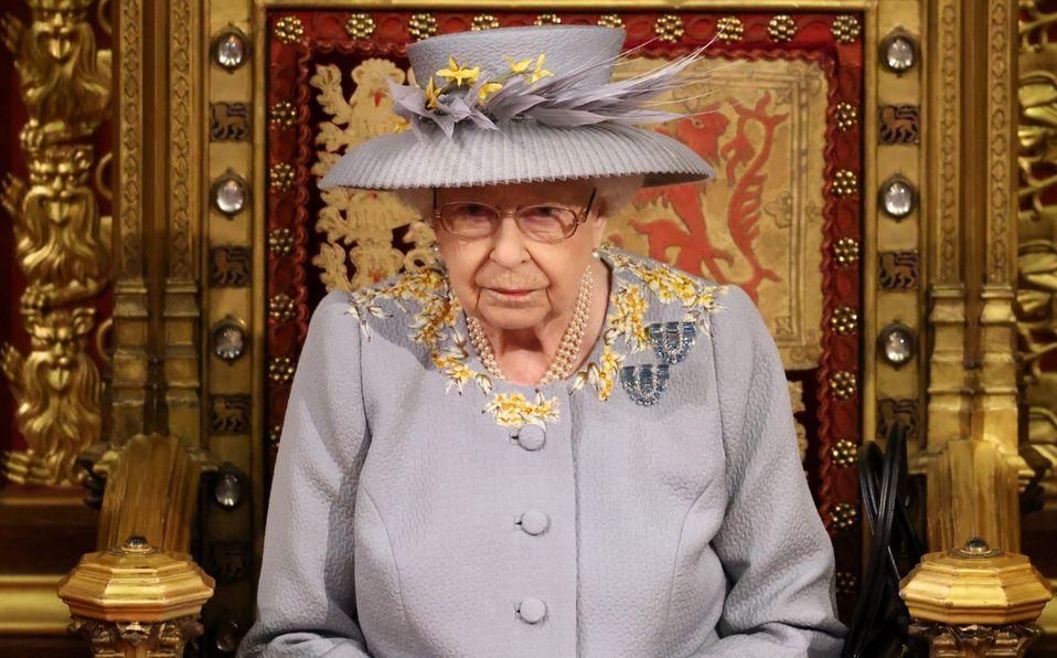 La Reina Isabel asiste a su primera salida real desde la muerte de Felipe (Foto: Getty Images)