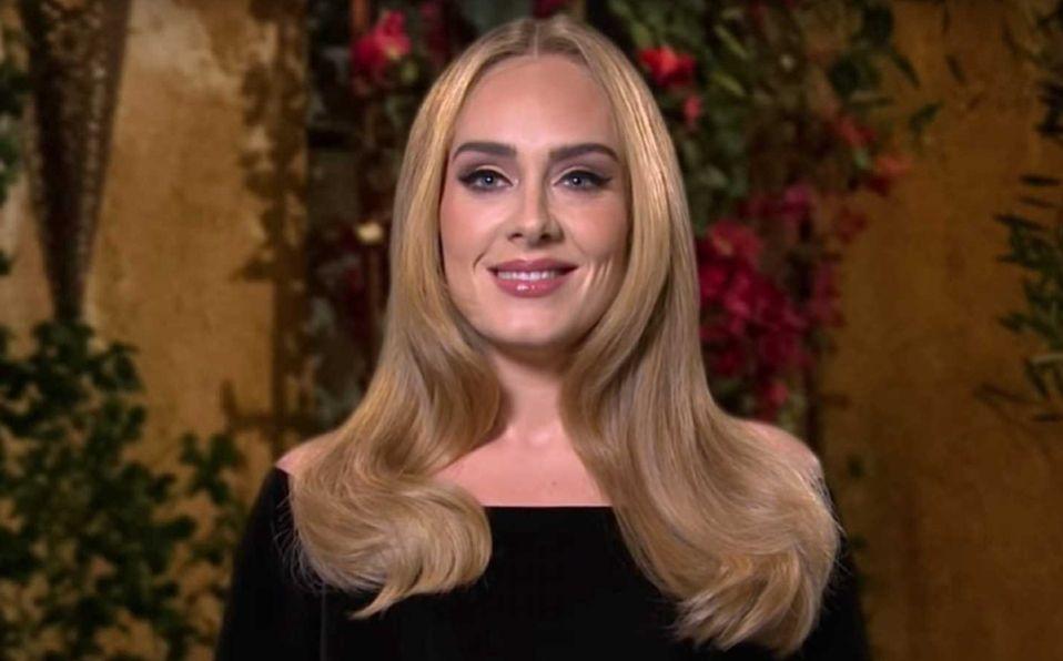 Adele y el vestido dorado con el que conquistó las redes este fin de semana (Foto: Instagram)