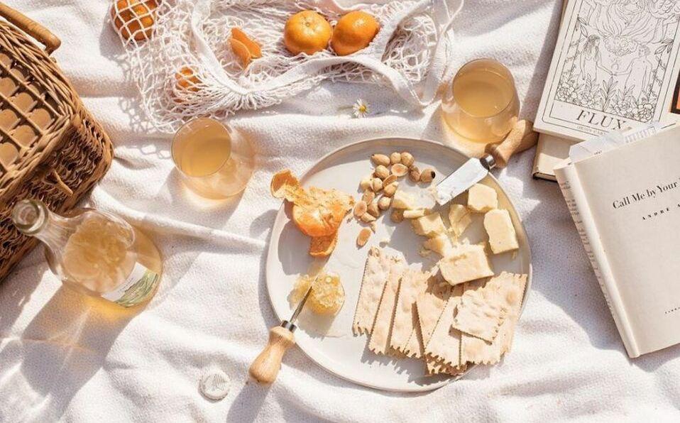Sonya Santos nos presenta la guía que todo foodie debe seguir para pedir comida a domicilio/Foto: Instagram @juliettelaura