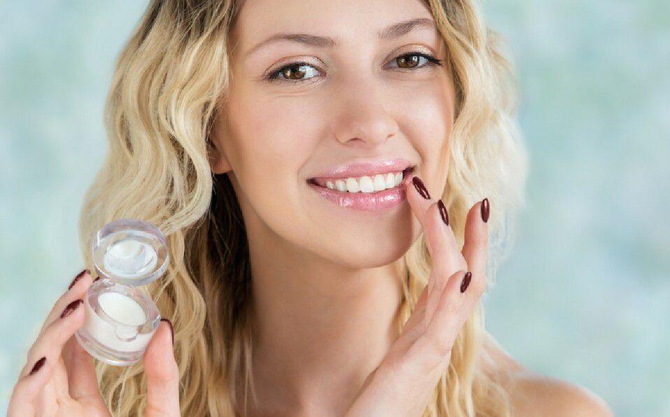 El gel de aloe vera es una de las soluciones para mantener tus labios tersos (Foto: Shutterstock).