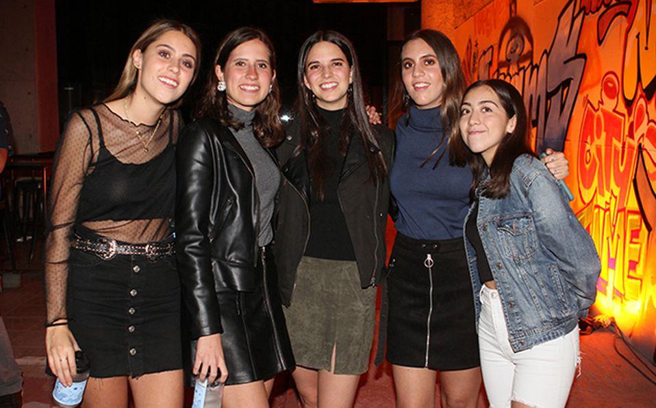 Paula Macías, Marcela Reynoso, Daniela Barba, Luisa Hernández y Carolina Villarruel