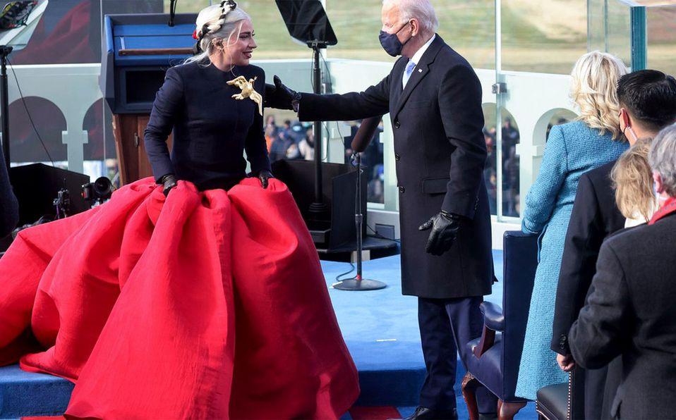 Lady Gaga sorprendió con un vestido lleno de simbolismo en la ceremonia de investidura de Jor Biden (Foto: Cortesía)