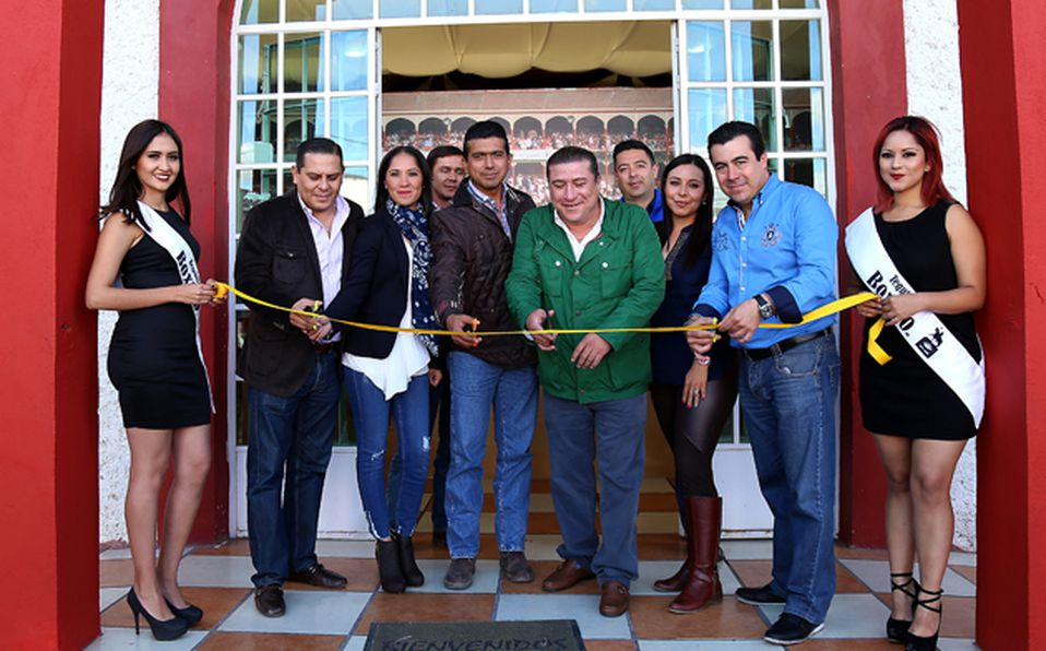 Roger Rico, Rocio Cortés, Arturo Meneses, Mayra Tello, Katia Ángeles y Allan Corona
