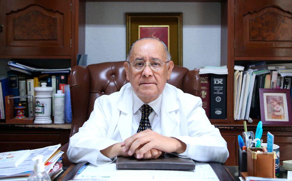 Ricardo del Río, médico pediatra