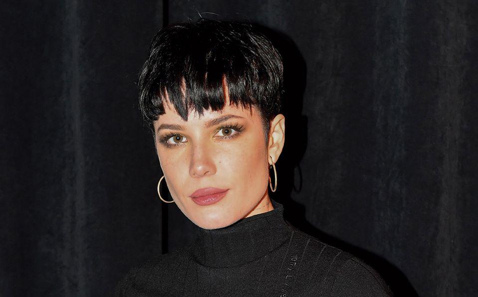 Halsey busca cambiar estigmas sociales del embarazo con portada de álbum