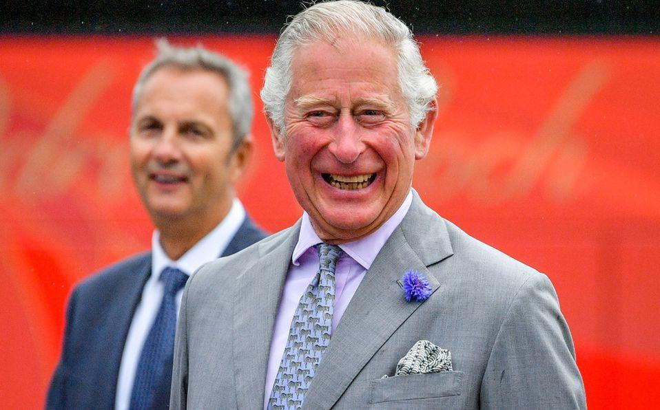 Príncipe Carlos antes de la controversia: Así se veía de joven
