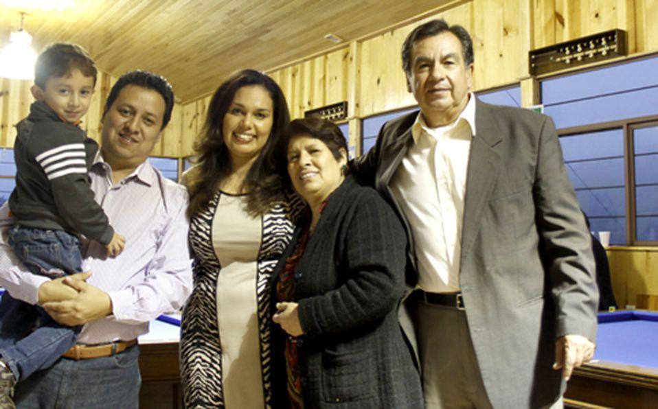 Arturo Frías, Javier Frías, Lupita Monroy, Mara Antonieta Espinosa y Gabino Monroy