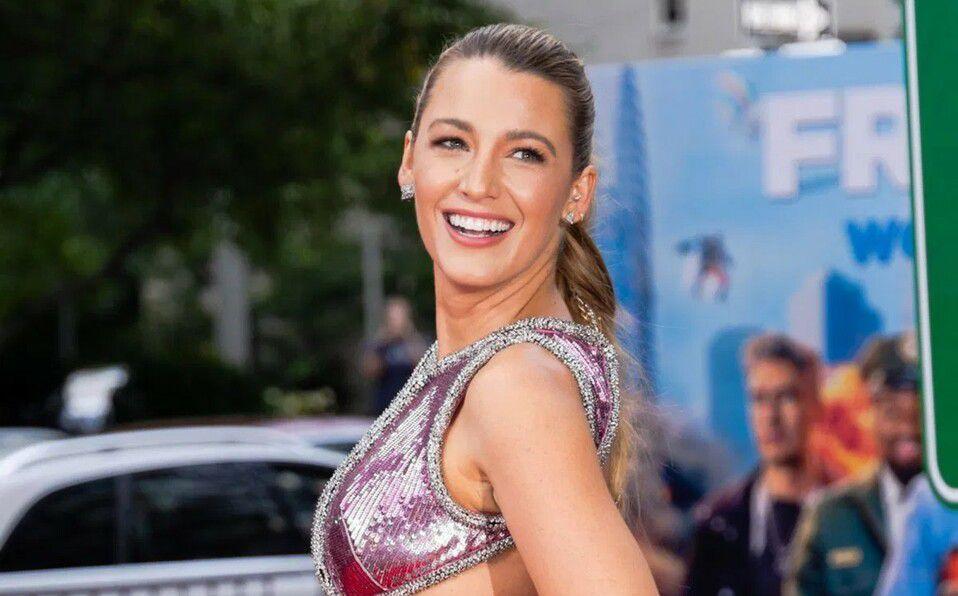 Blake Lively y el vestido abierto que impactó en la alfombra roja (Foto: Instagram)