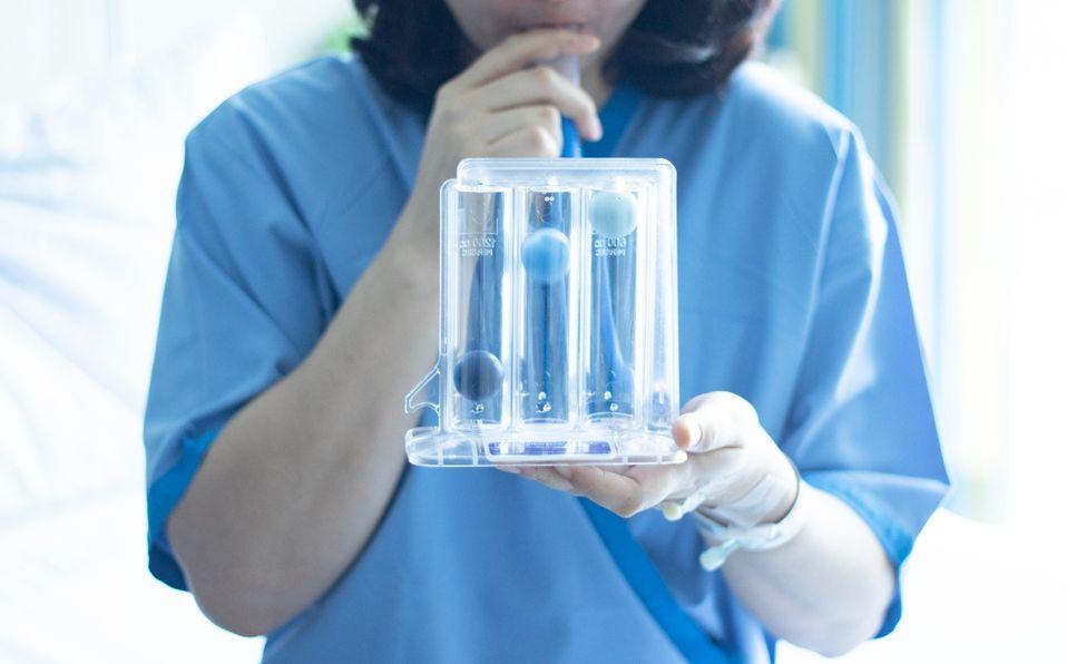 Cómo mejorar la función pulmonar con fisioterapia tras covid (Foto: Getty Images)