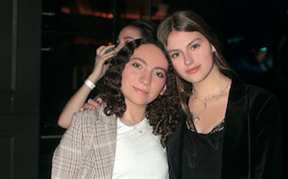 Balbina Kaire y Cristy Garza
