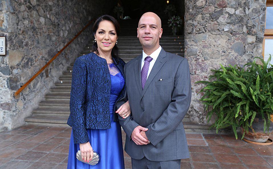 (principal) Saúl Soteno Ambrosio y Lorena Gómez Bravo Manzo