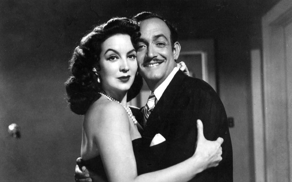 María Félix y su esposo