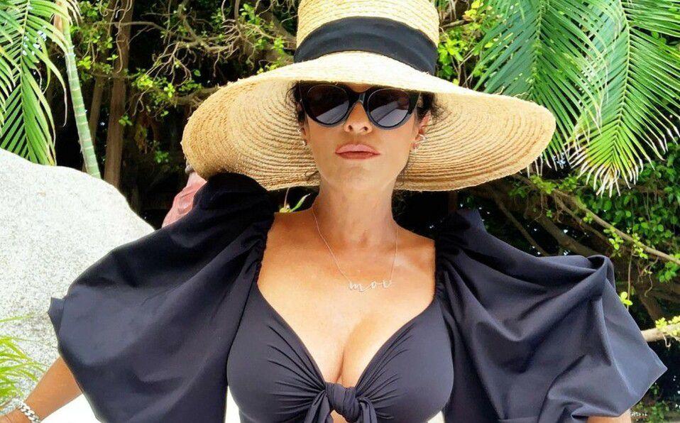 Martha Debayle y el bikini que te regresará a los 50s (Foto: Instagram)