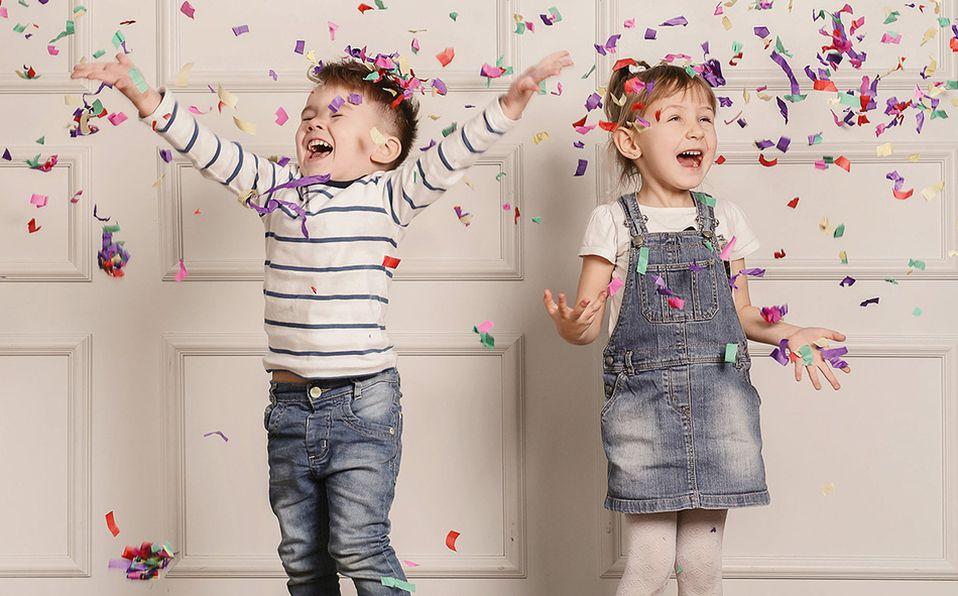 Tus pequeños te agradecerán por haber llenado de magia y color su día. Foto: Archivo