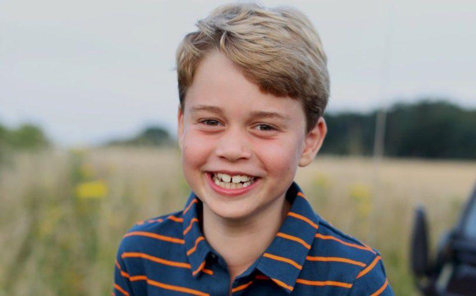 Príncipe George celebra sus ocho años con nuevo retrato