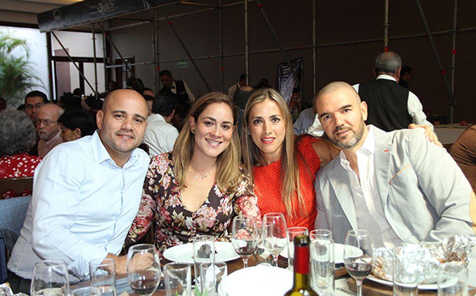 José Antonio Rodríguez, Laura Prado, Fina Javelly de Aguilar y Enrique Aguilar
