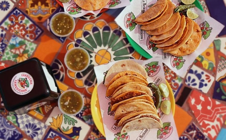Los tacos de La Mexicana no pueden faltar en tus festejos patrios.