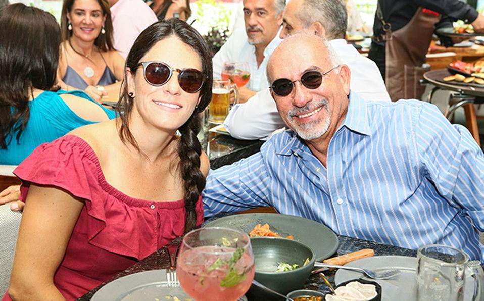 01 Ricardo Montaño y Ana Lambarri