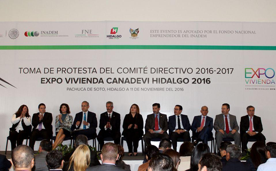 Expositores y comité directivo