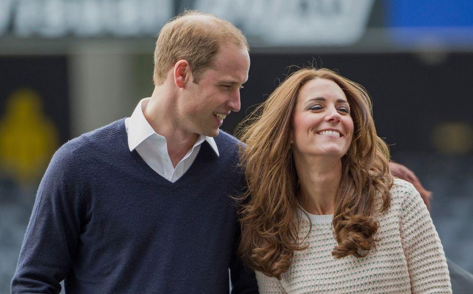 Kate Middleton se prueba como DJ, ¡y William reacciona con risas! (Foto: Getty Images)