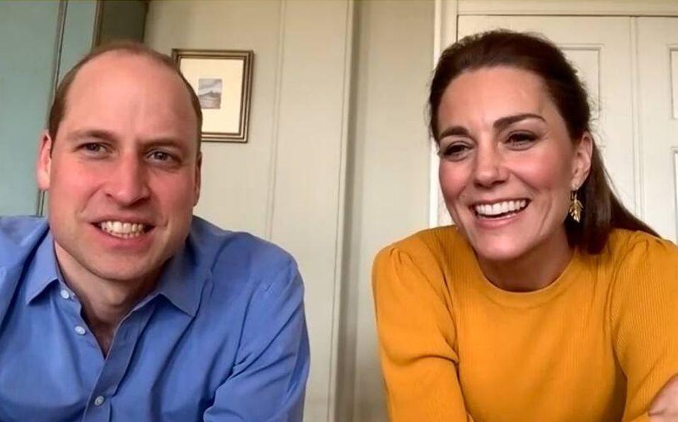 FOTO: Los Duques de Cambridge no pudieron hacer la visita en persona por la cuarentena (Foto: Youtube)
