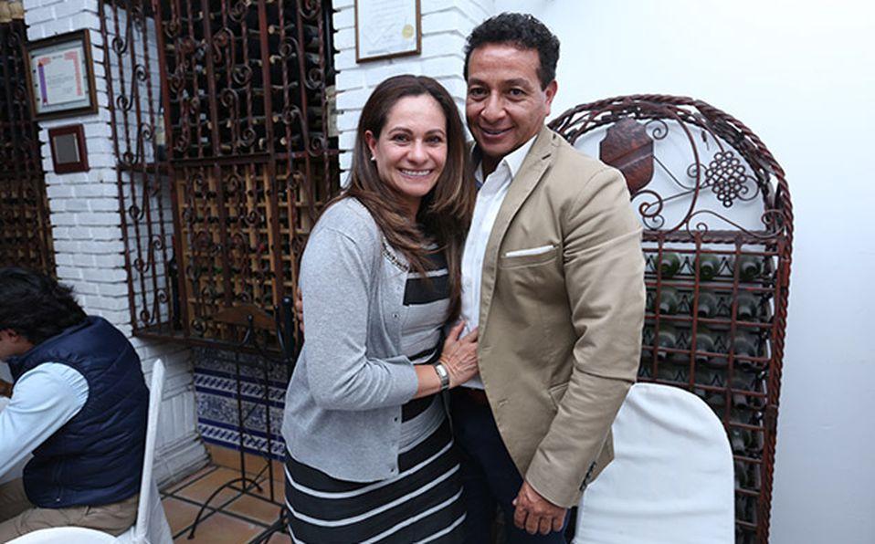 (principal) JULIO MORALES Y EYMARD LEGORRETA