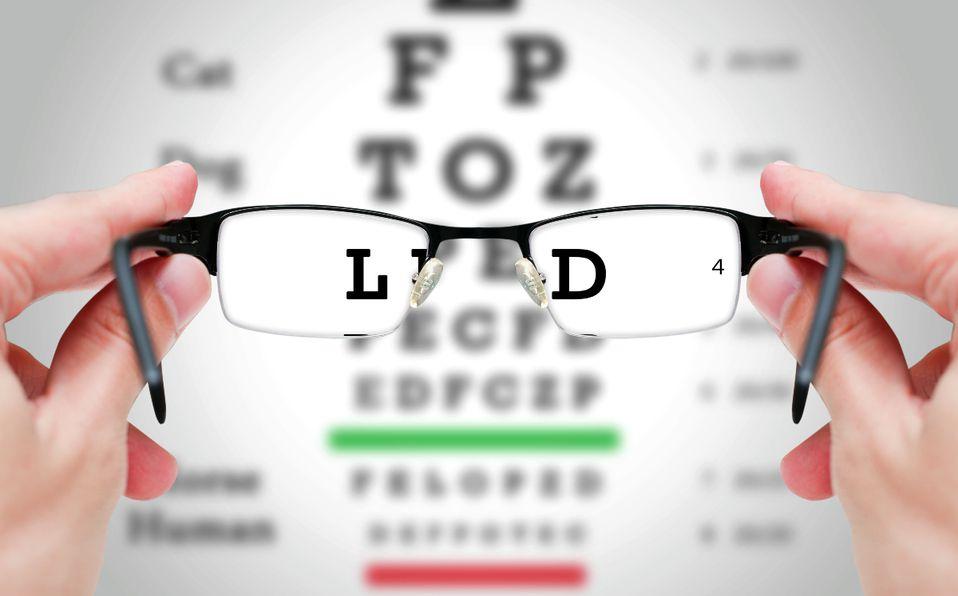 Test de visión: Cómo saber si necesitas lentes (Foto: Getty Images)