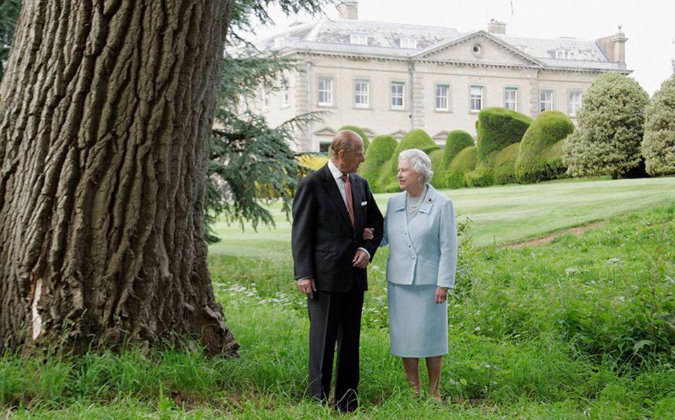 Príncipe Felipe celebra sus 99 años con la Reina Isabel