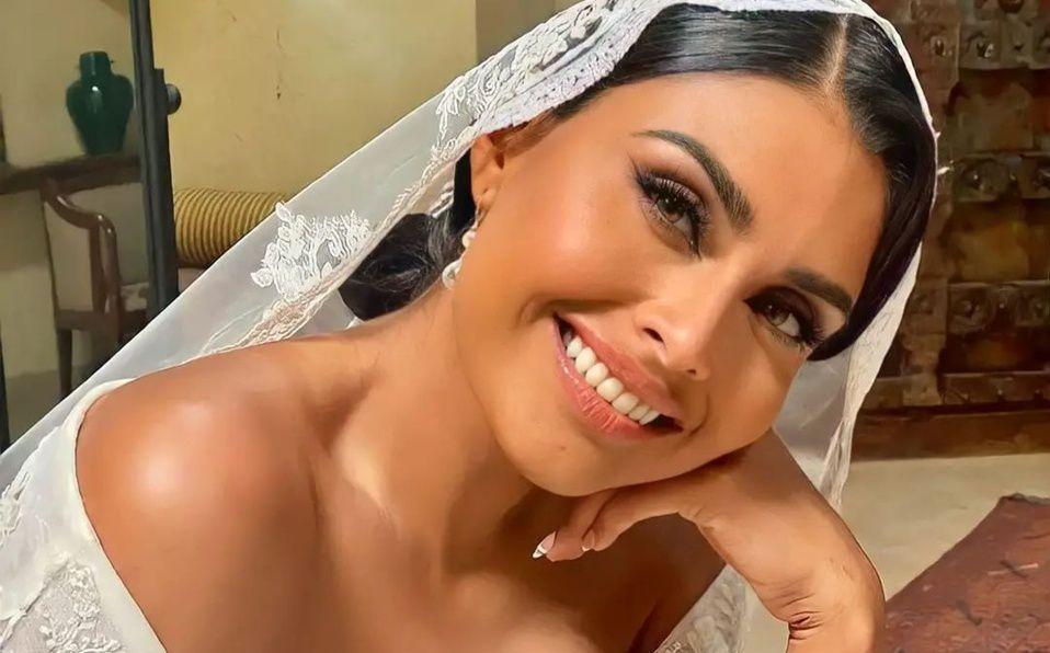 Así fue el hermoso vestido de novia Kristal Silva en su boda (Foto: Instagram)