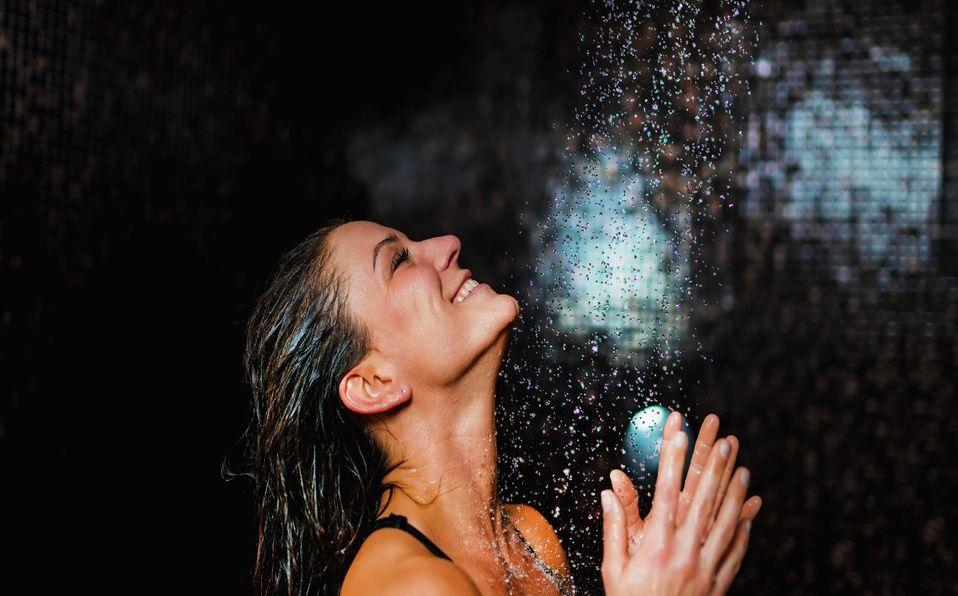 Los shampoos orgánicos son una opción para fortalecer  e hidratar el cabello  (Foto: Getty Images).