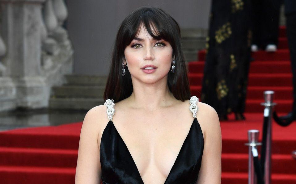 Ana de Armas es una chica Bond en la premiere de