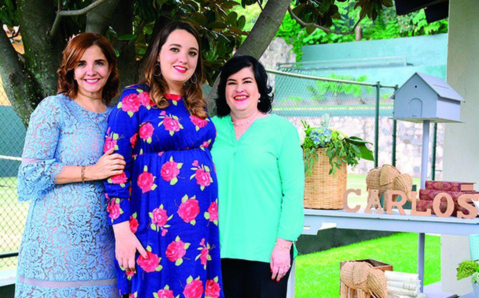 Beatriz Cervera, Fer Cornejo y Adriana Aguayo.