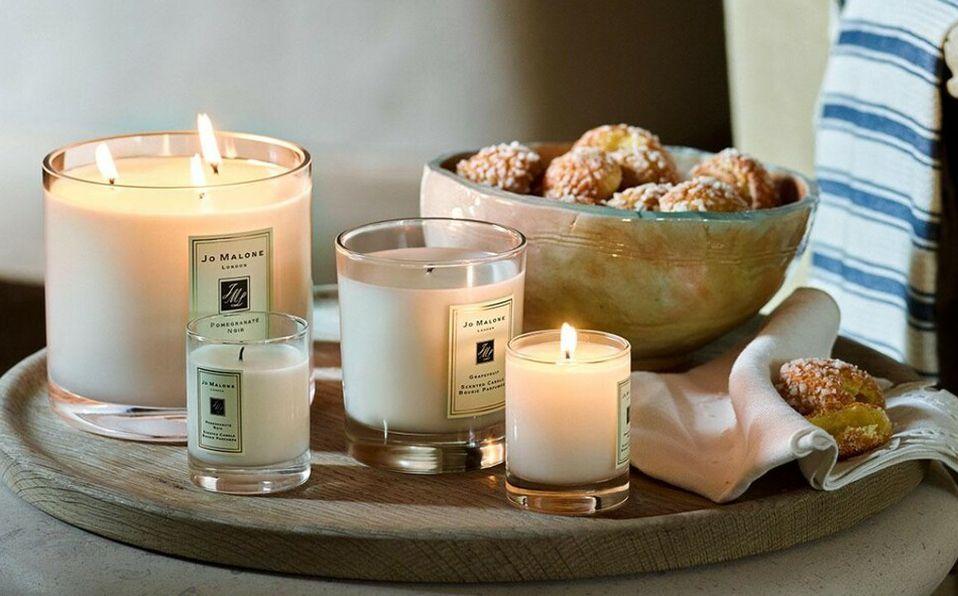 Las velas aromáticas de marcas como Jo Malone son de las favoritas para el verano