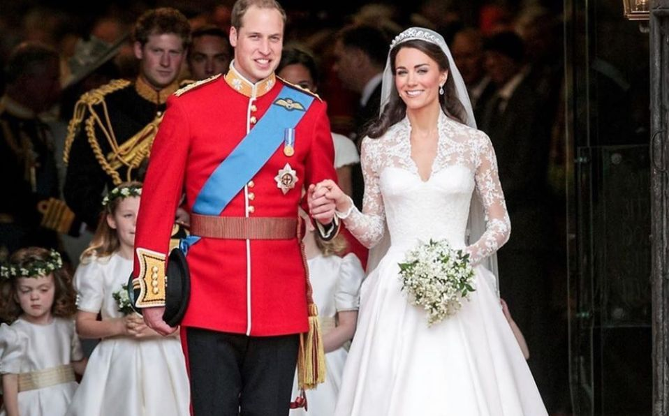 Príncipe William Ayudó A Peinar A Kate Middleton En Su Boda