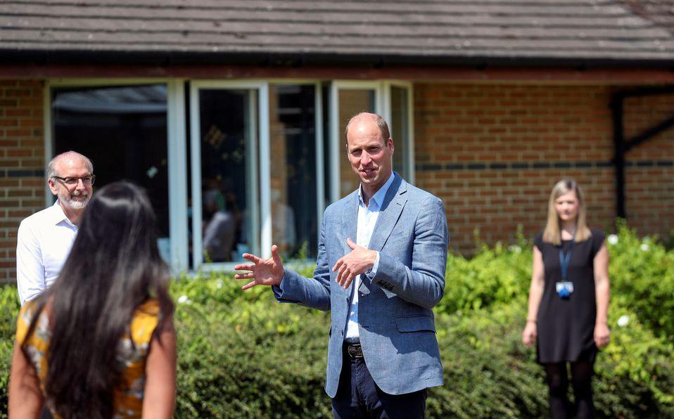 Príncipe William visitó a los científicos del coronavirus (Foto: Reuters)