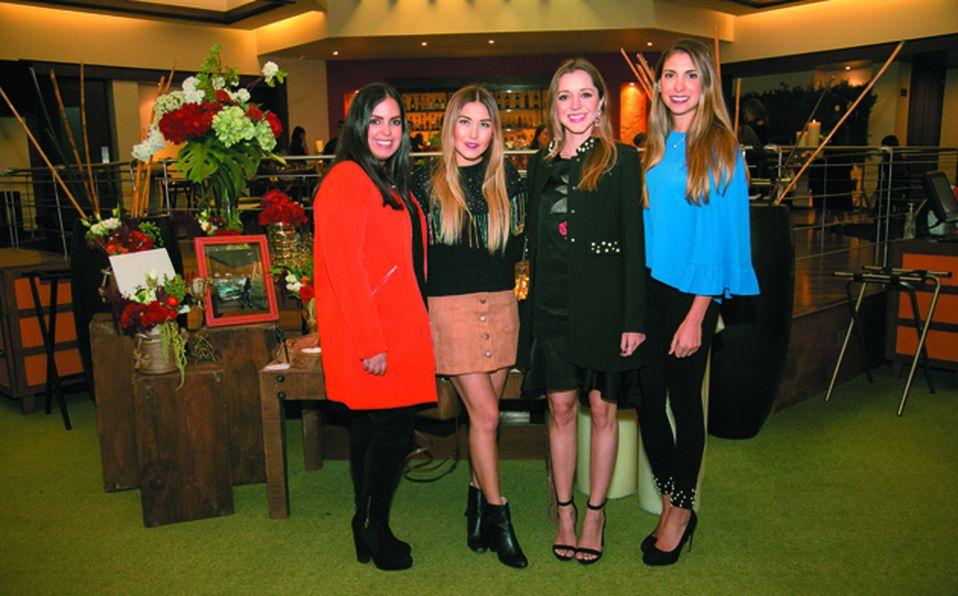 Mónica García Lemus, Lorena Navarro, Agustina Chamello y Daniela Navarro