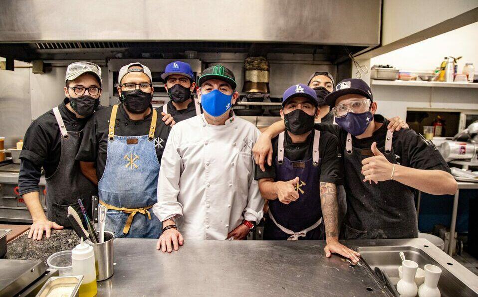 Equipo de cocina de Sotero. Foto: Carlos Dayan Aparicio.