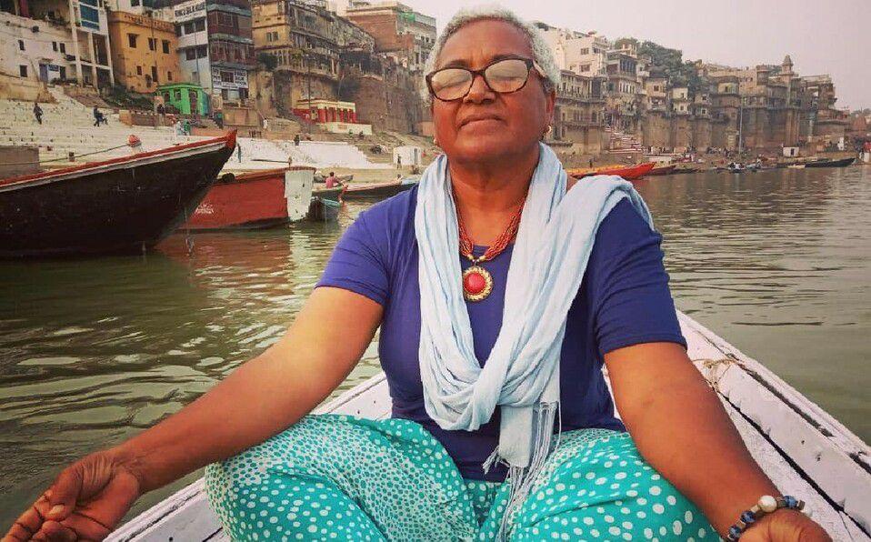 Abuelita se niega a cuidar a su nieto y prefiere viajar. (Foto: Instagram).