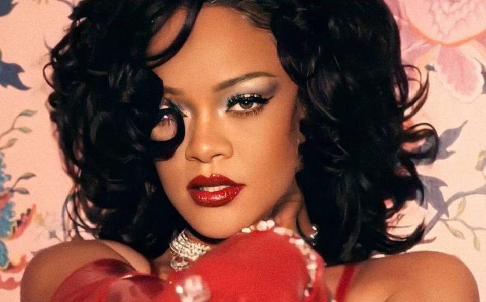 Rihanna anuncia y posa en su lencería para San Valentín 2021 (Foto: Instagram)