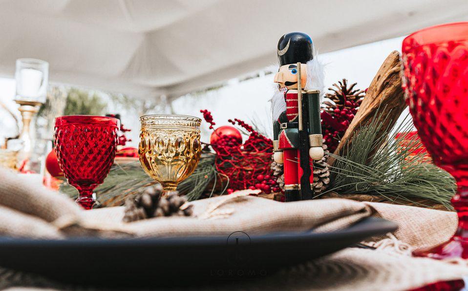 Te damos útiles tips para que tu mesa navideña luzca espectacular (Fotos: Cortesía Loromo mobiliario)