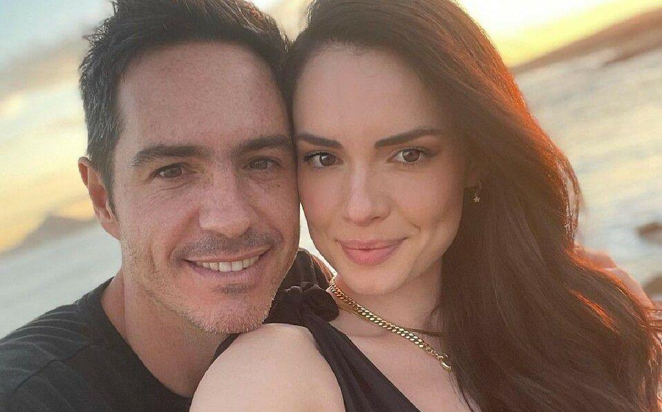 Mauricio Ochmann y Paulina Burrola. (Foto: Instagram).