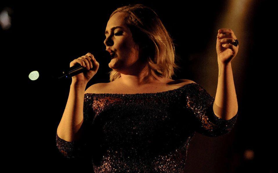 """Éxitos musicales como """"Someone like you"""" y """"Hello"""" de Adele mejoran la frecuencia cardíaca, según investigadores de Oxford Brookes University."""
