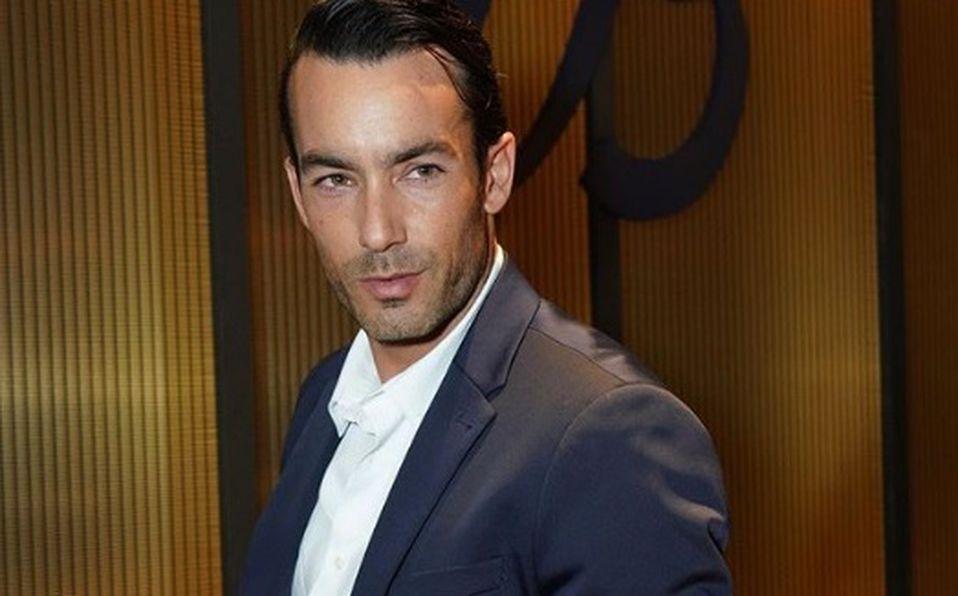 Aarón Díaz y su perfil multifacético.