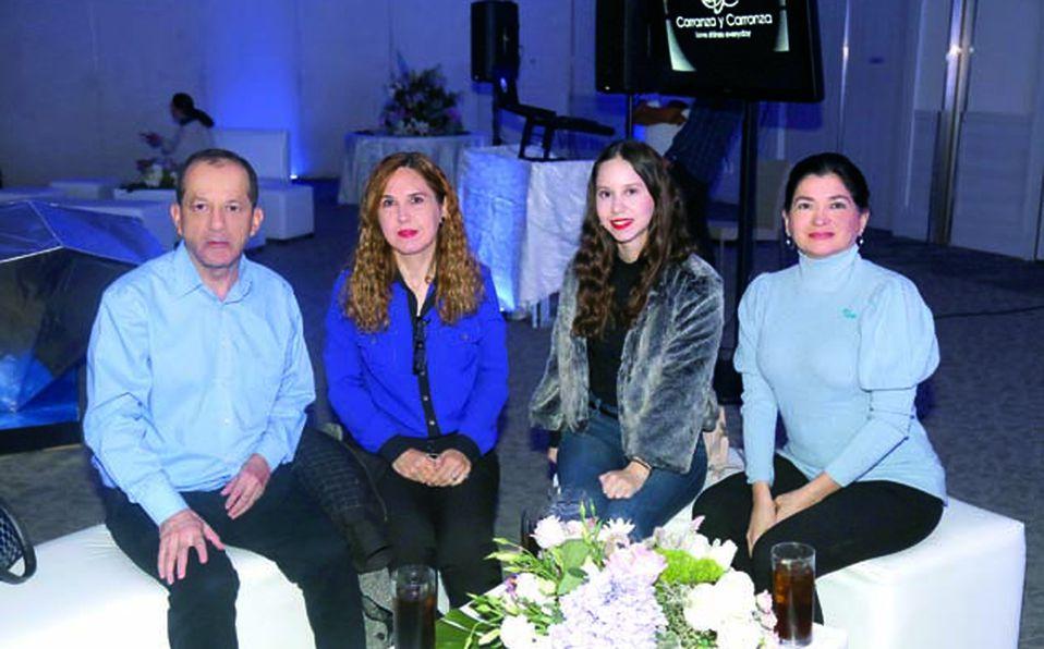 Alejandra-Carranza-y-Rogelio-Carranza-